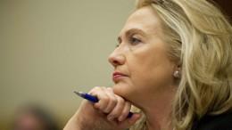 Clinton WAR Libia
